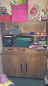 Unit with 3 drawers and 2 cupboards