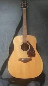 Yamaha FG700S Guitar