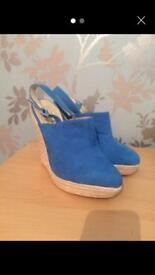 Size 5 blue wedges
