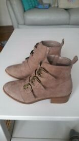 New Look Ankle Boots (Size 6) Excellent condition