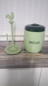 Bread bin and kitchen towel holder