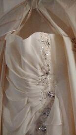Beautiful ivory dress prom/ bride 12/14
