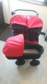 Mountain Buggy Duet V2.5 & Carrycot Plus