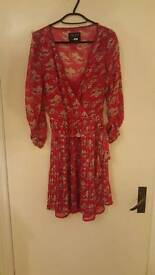 Pepe size medium 10/12 pink and white floral dress