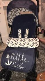 Light weight sailor buggy lovely and lots of extras