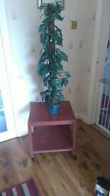 Artificial pot plant