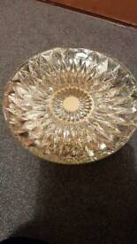 Metallic effect bowl
