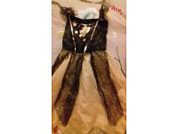 Girls halloween costume 9-10 years