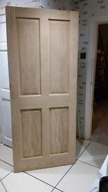 Solid wood oak veneer interior door