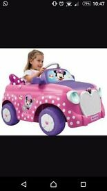 Minnie mouse electric car with charger in very good condition