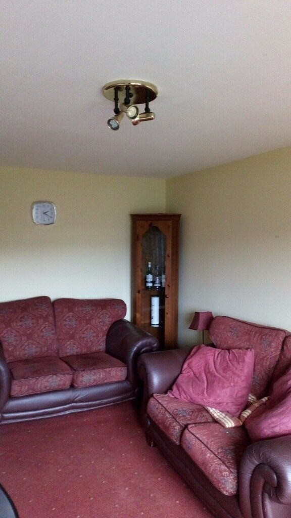 Large bright 2 bedroom flat. EH14