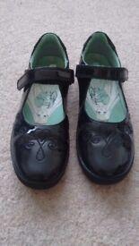 Girls Startrite Black Shoes Size 2 1/2 F
