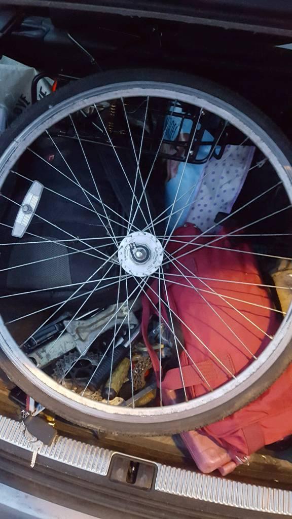 Shimano dh2n30 dynamo wheel