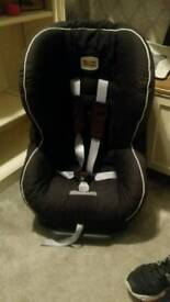 Childs car seat 9-18kg