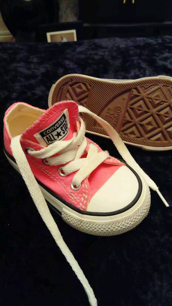 af7699fe55c5 Pink converse for toddler size 5.