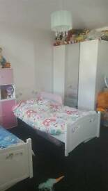 2 bed new build b8 want 2 bed house b35
