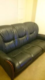 Free ,3 seater leather sofa,needs to be picked up tues