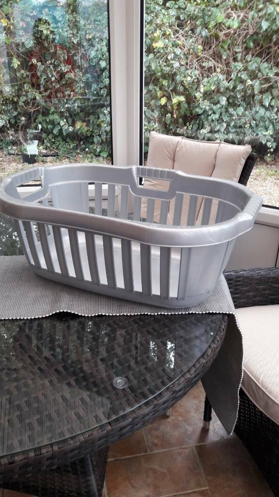 Washing basket storage