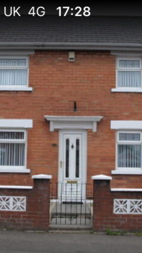 2 bed House to let in Seaview, shore road north Belfast