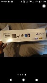 Brand new 500gb ps4 with fifa 18