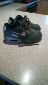 childrens air max size 11