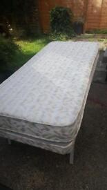 Guest foldable bed