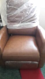 Leather Rcliner (NEW)