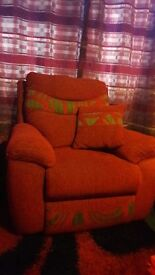 Manuel recliner chair