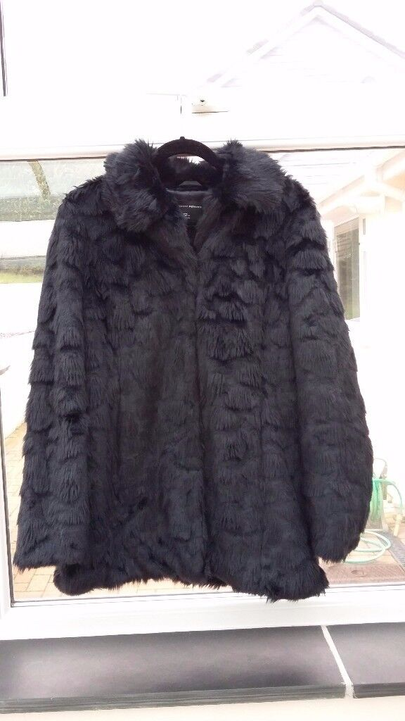 Faux fur coat/jacket (size 12) - black and in perfect condition