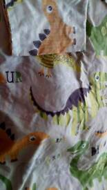 Single duvet cover and pillow case dinosaurs