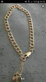 9 ct gold bracelet with safety chain