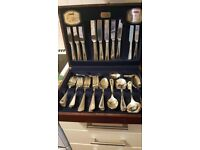 Viners 58 piece silver plated cutlery set