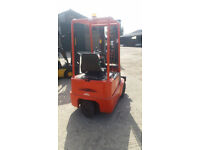 Linde E12 3 Wheel Electric Forklift Buy or Hire at £60 per week. More machines available.