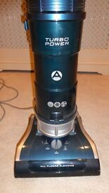 hoover tp71 pets upright bagless as new with tools all surface aaa rating