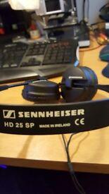 sennheiser hd 25 sp headfones £75
