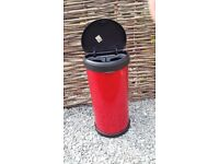 Curver slimline, touch-top bin- red