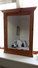 Wall mirror, framed in pine, very good condition