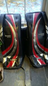 30 +1 Reebok Intermediate Goalie Pads
