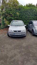 vauxhall zafira deisel auto, 2004 good runner, quick sale, silver.