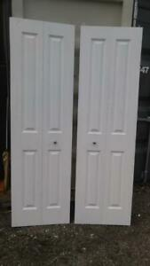 Oakville 1 Set BIFOLD DOORS 23.5 X 79 HIGH (Total 48 x 79) WHITE with Hardware Wood
