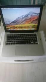 Macbook pro mid 2012 i5 2.5GHz