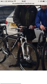 Scott Scale 30 2011 Carbon Fiber Hardtail Mountain Bike