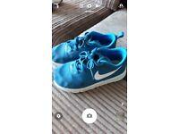 Kids Nike size 11