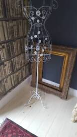 Full height wire mannequin/dressmakers dummy