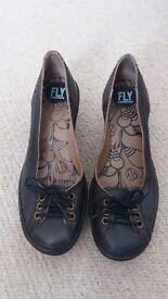 Women Fly London Shoes