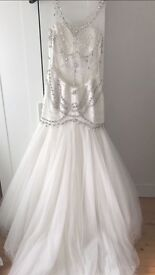 Brand new wedding dress for sale never been worn