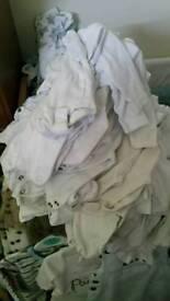 White Newborn / 0-3 months vests