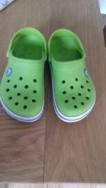 Kids crocs size 12/13