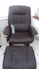 2 swivel recining seats. New condition. Remote control inc massage.