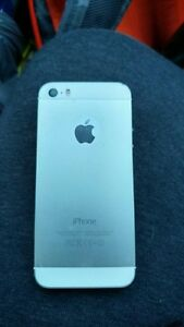 Mint Condition iPhone St. John's Newfoundland image 2